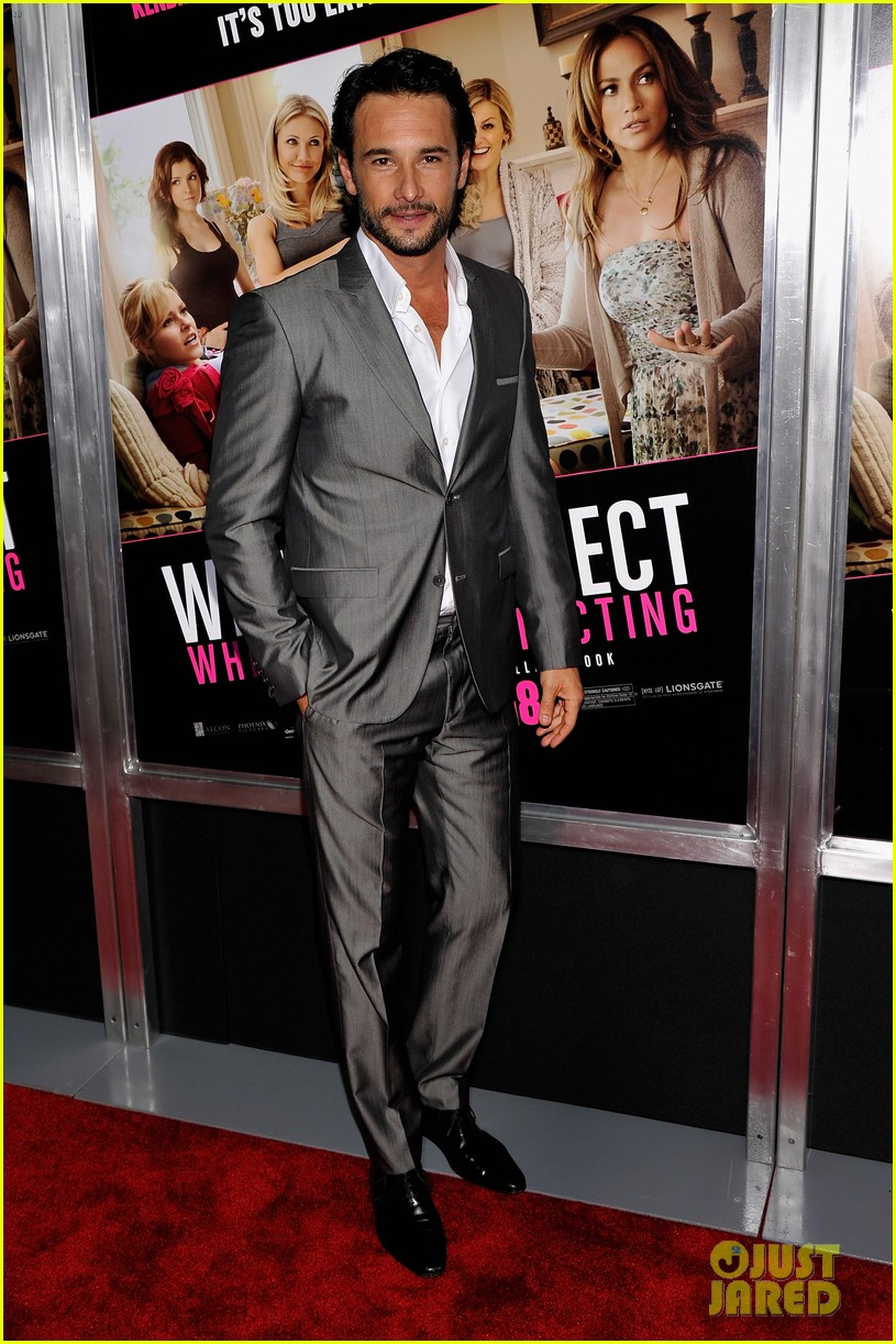 chace crawford rodrigo santoro what to expect screening 132659327