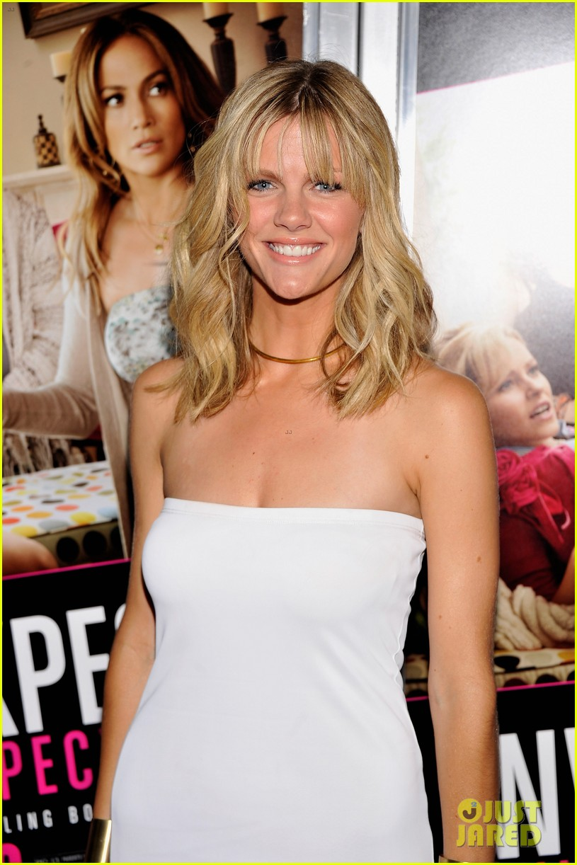 brooklyn decker elizabeth banks what to expect screening 02