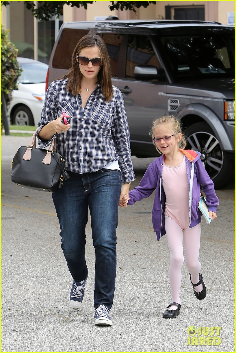jennifer garner pics of paps 142660858