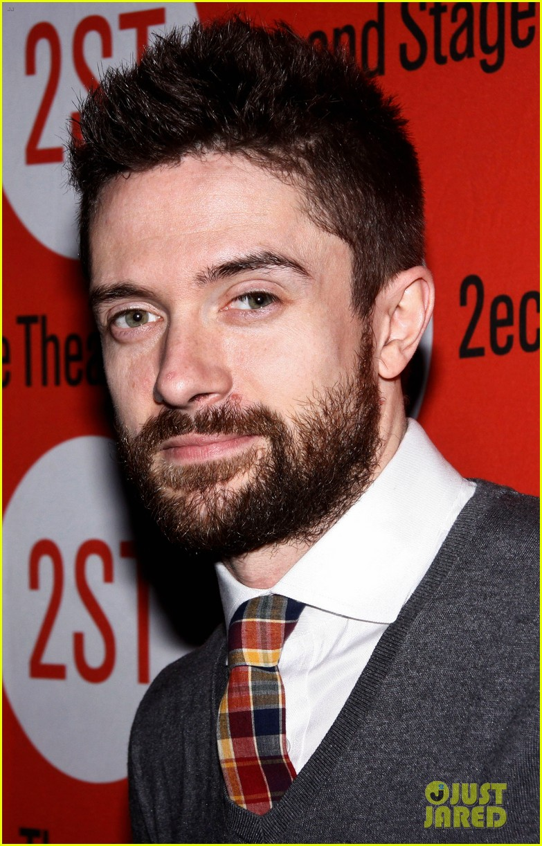 topher grace olivia thirlby lonely no more opening night 022659351