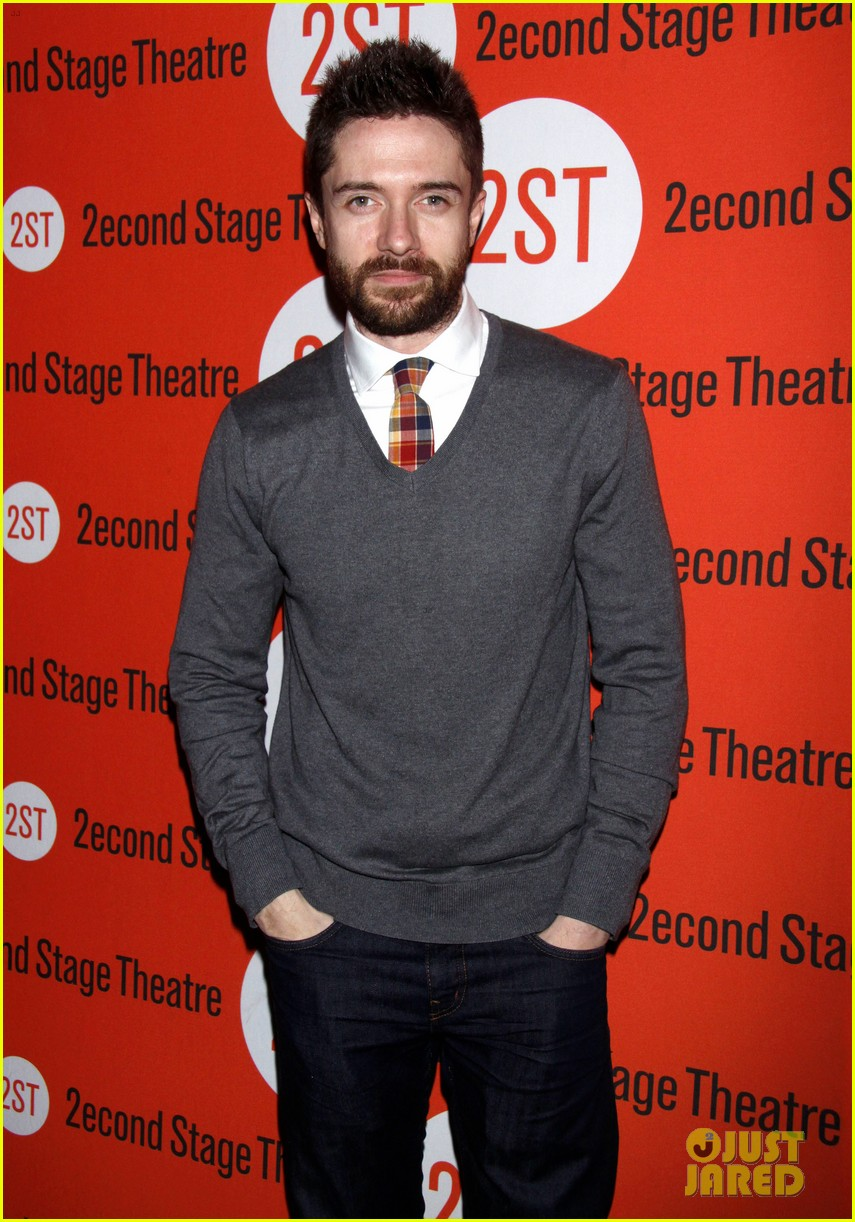 topher grace olivia thirlby lonely no more opening night 072659356