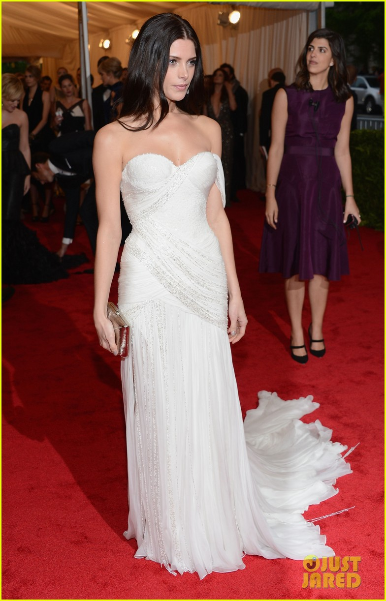 ashley greene met ball 2012 01