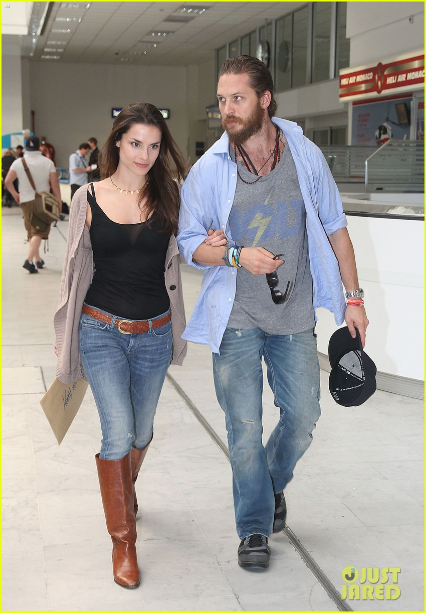 tom hardy charlotte riley cannes couple 032664251