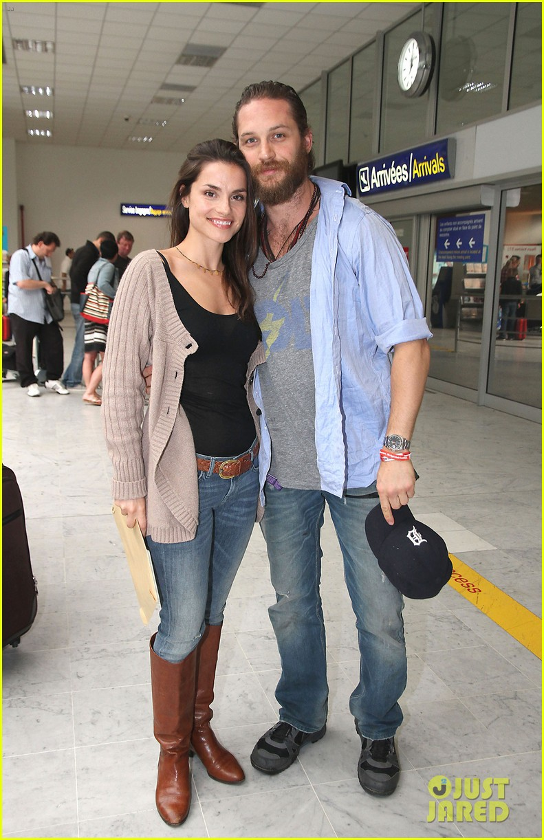 tom hardy charlotte riley cannes couple 042664252