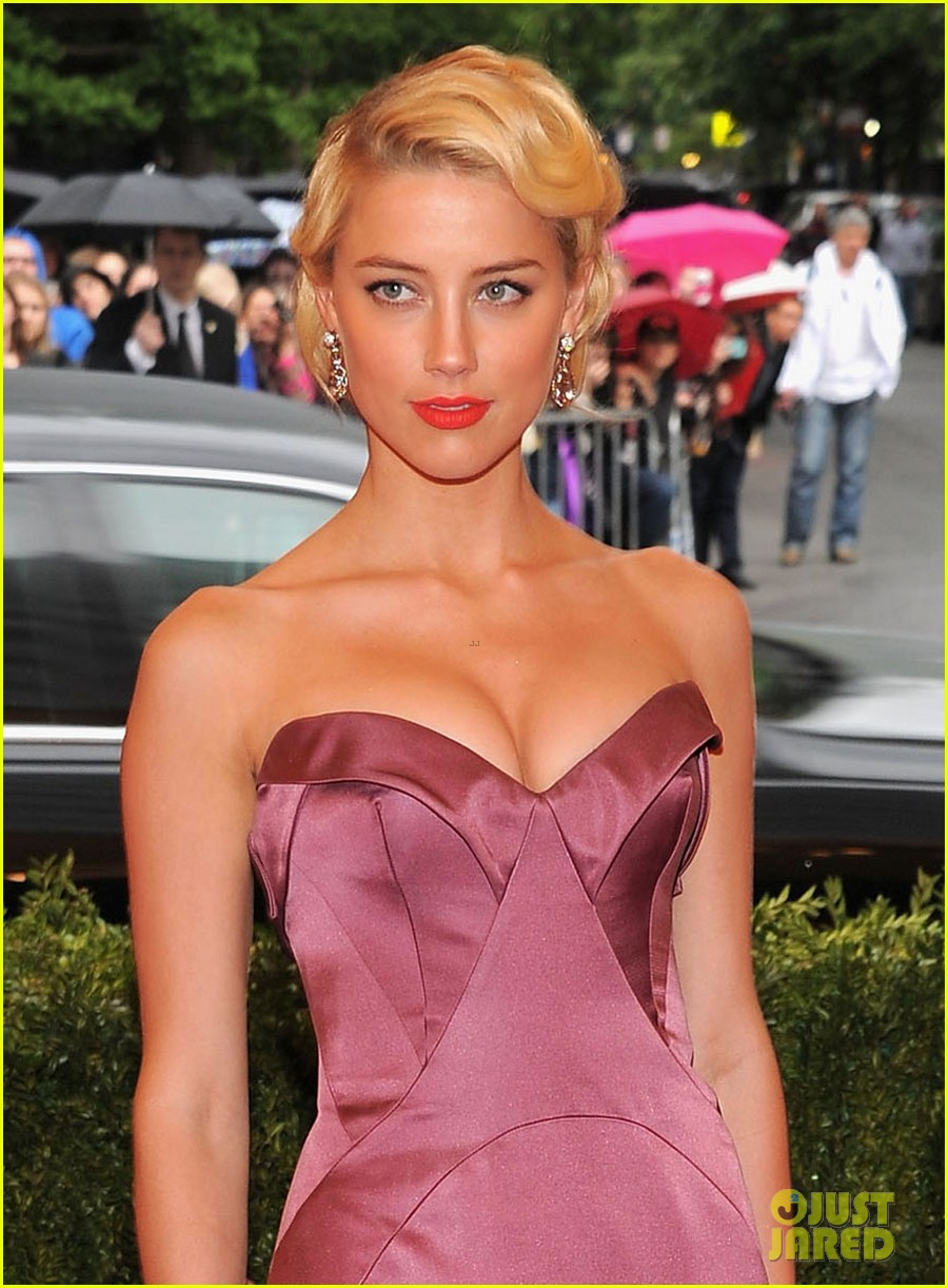 amber heard met ball 2012 02