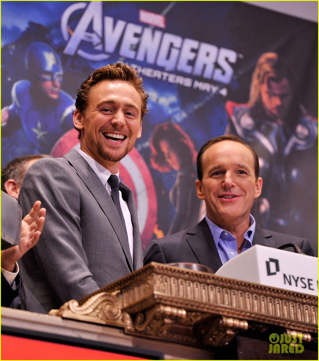tom hiddleston avengers opening bell with clark gregg 022656423