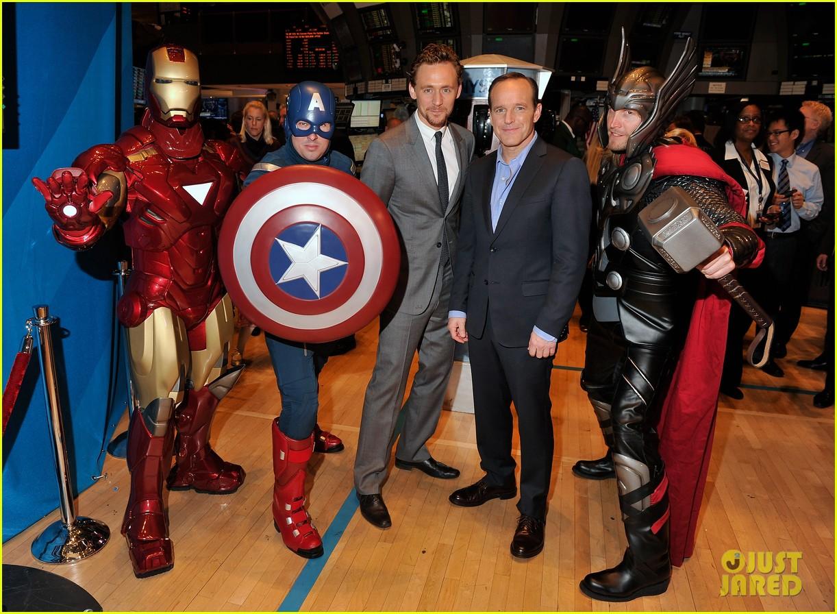 tom hiddleston avengers opening bell with clark gregg 052656426