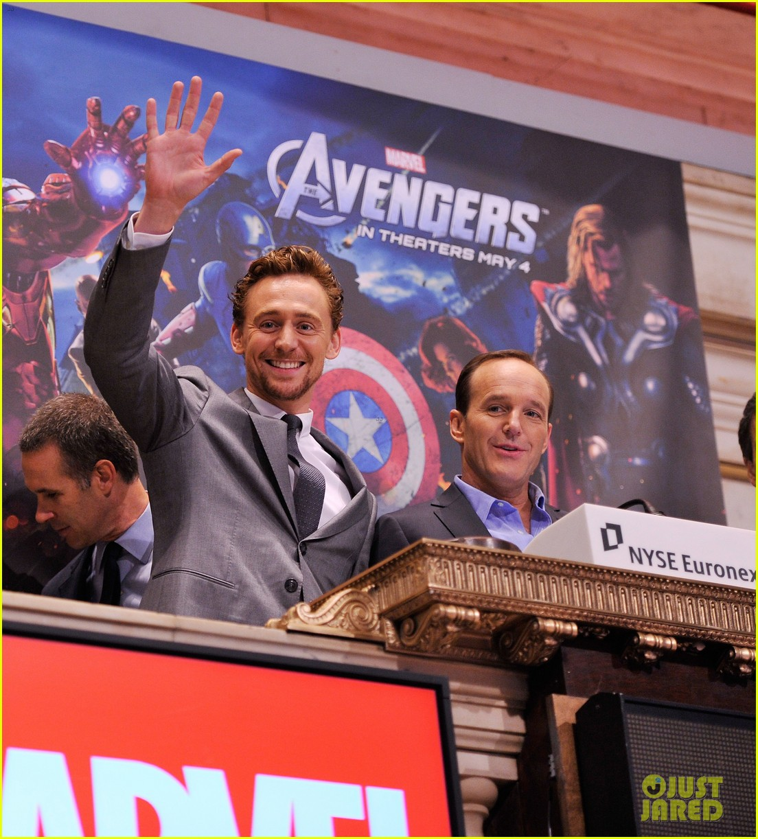 tom hiddleston avengers opening bell with clark gregg 08