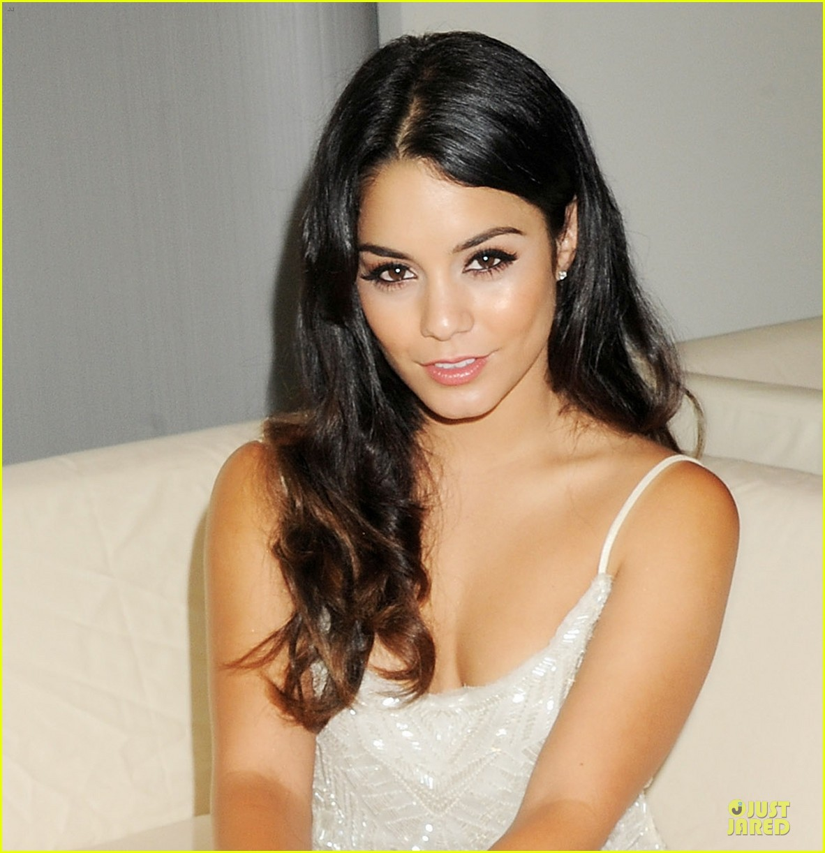 vanessa hudgens amber lounge fashion show 012666737
