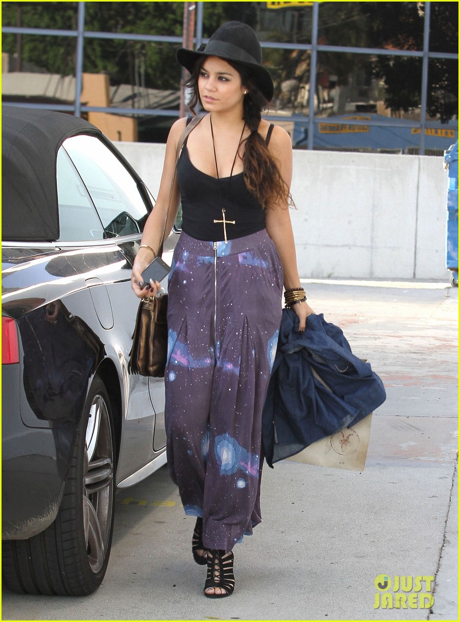 vanessa austin out to lunch with mom 012663213