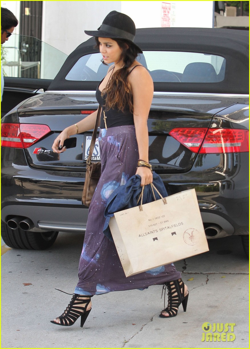 vanessa austin out to lunch with mom 042663216