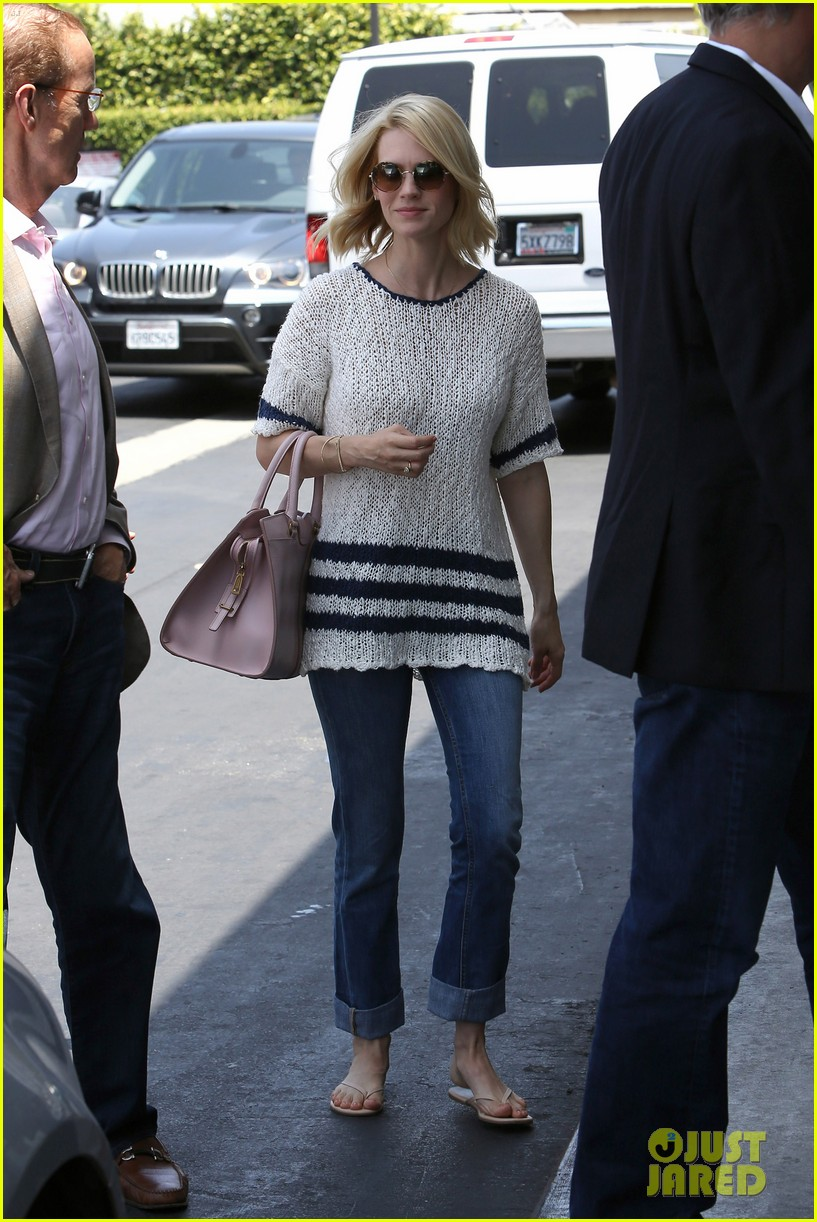 january jones lunch in bev hills 042663917
