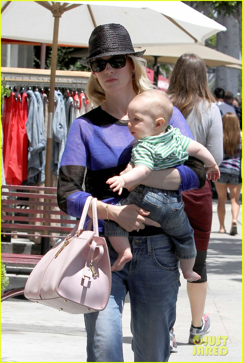 january jones lunch with xander 012660648