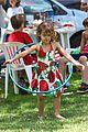 jessica alba honor hula hoop 01