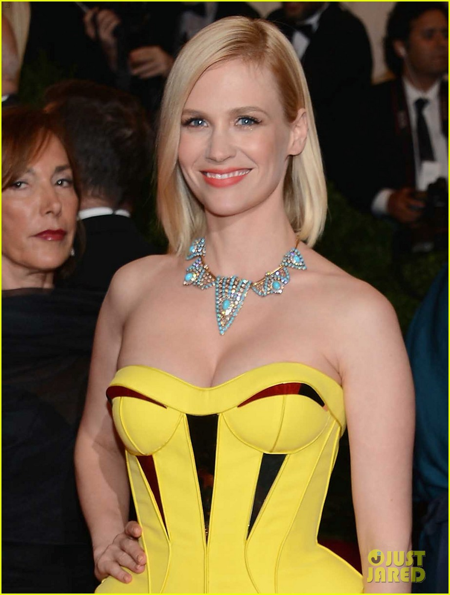 january jones met ball 2012 02