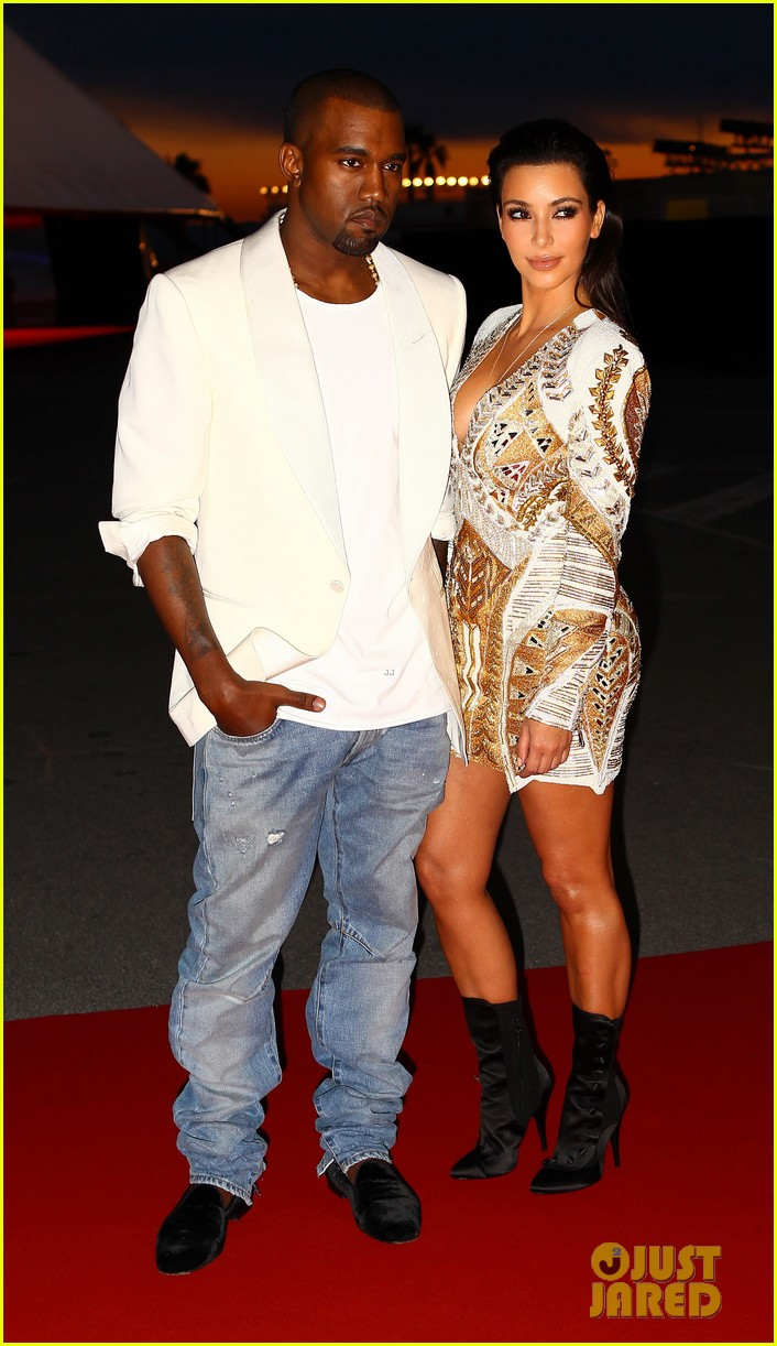 kim kardashian cannes events with kanye west 03