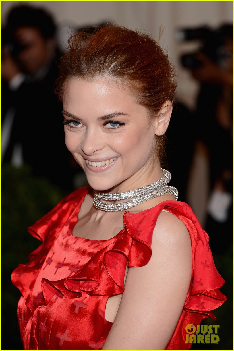 jaime king 2012 met ball 03