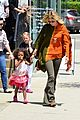 heidi klum mommy duties 05