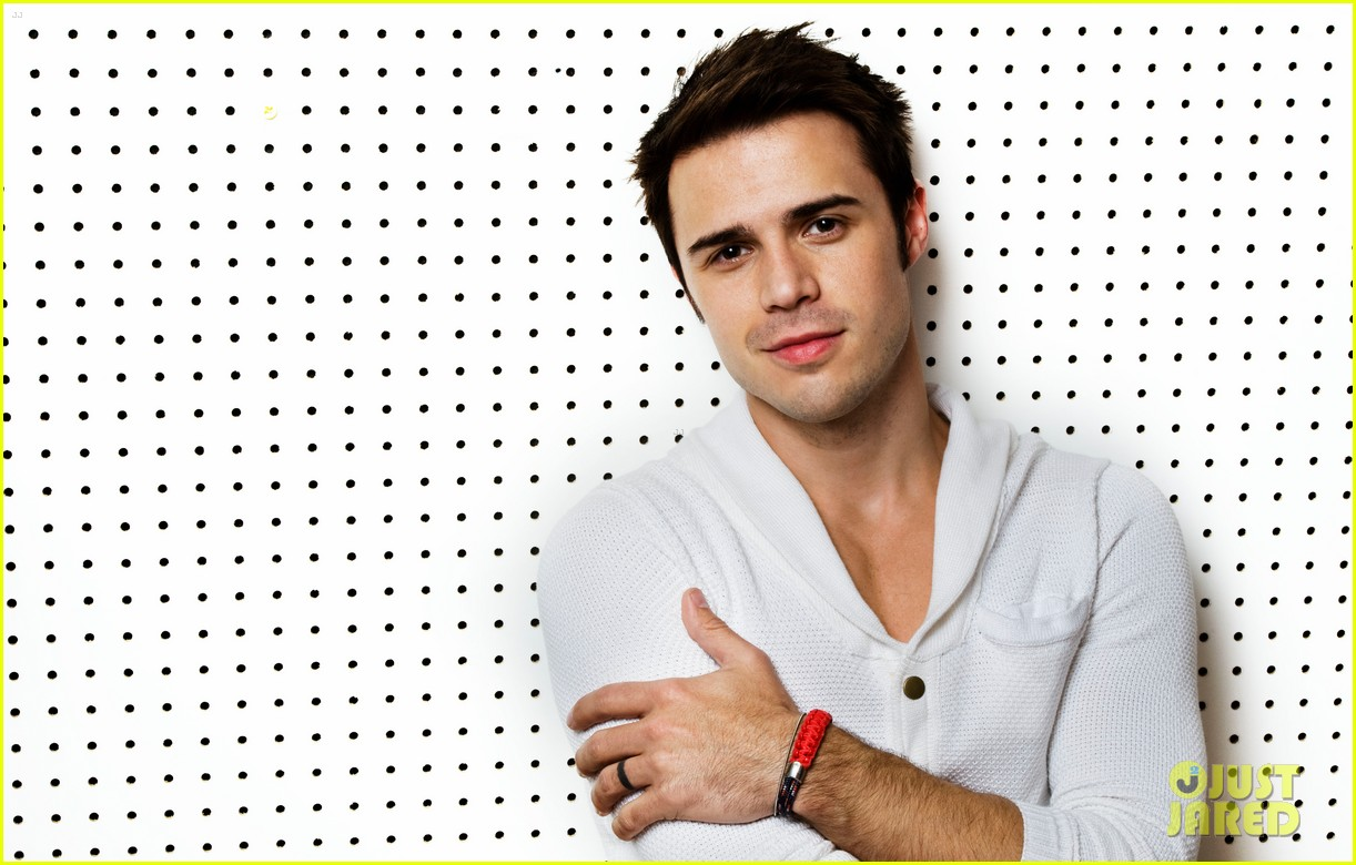 kris allen just jared photo shoot 022668835