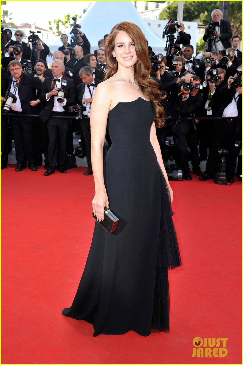 diane kruger freida pinto lana del rey cannes opening ceremony 022662873