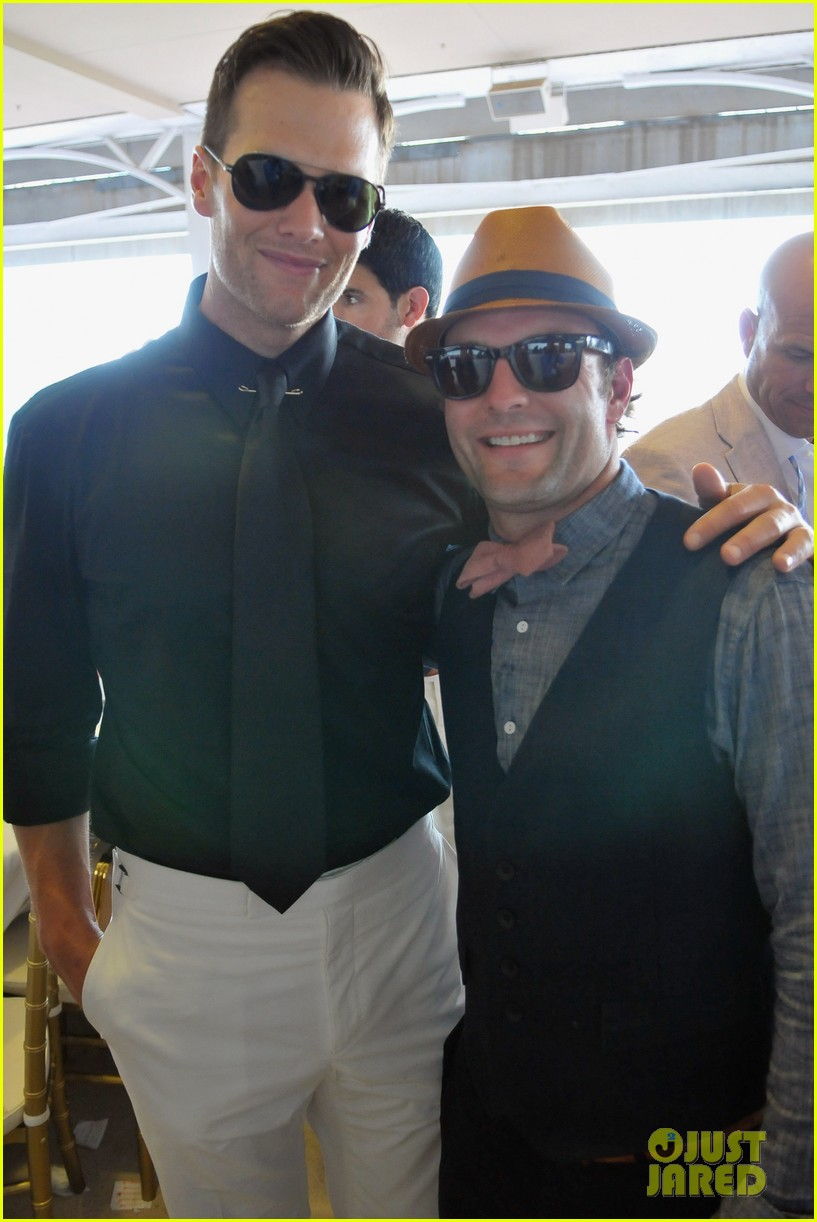 a162d86dfa902 Ashton Kutcher   Tom Brady  Derby Dudes!  Photo 2657753