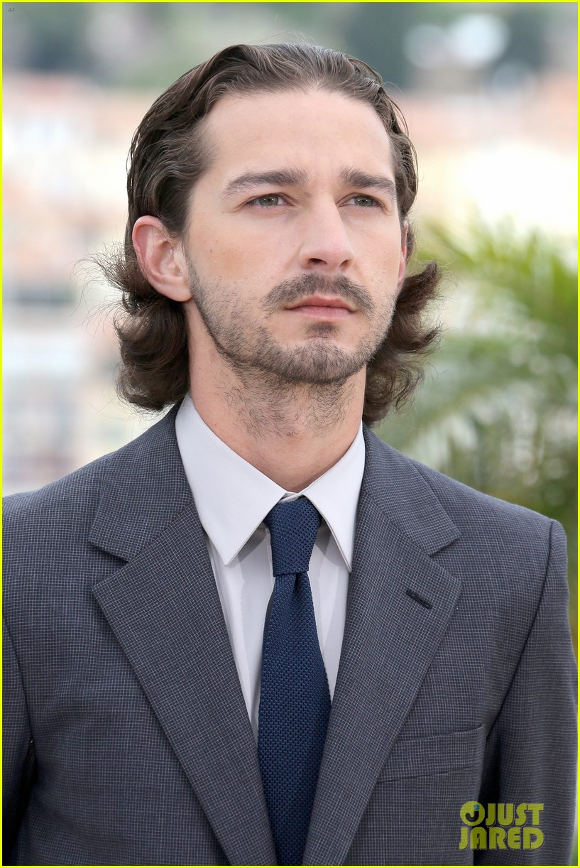 labeouf lawless photocall 08