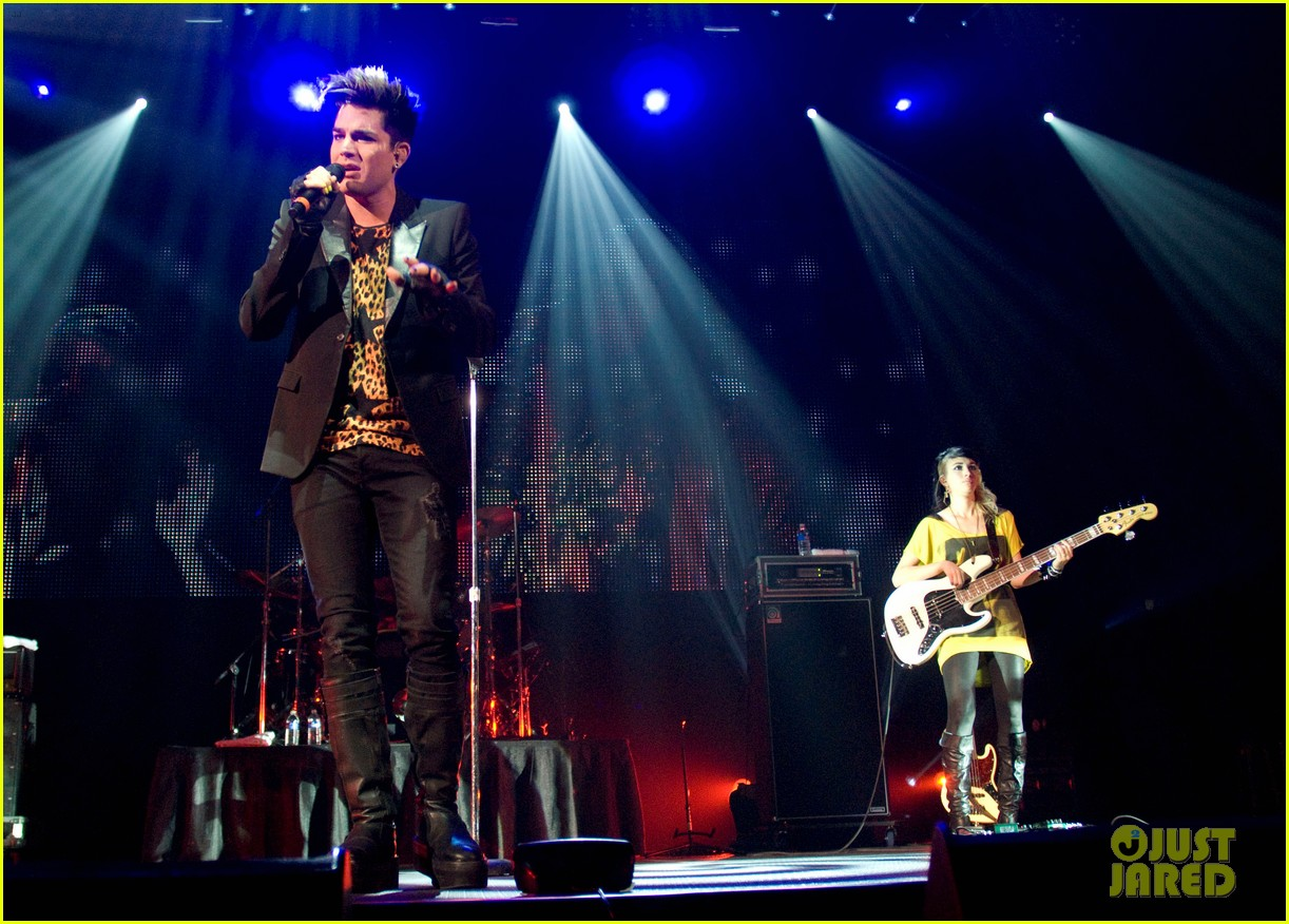 adam lambert leopard print shirt at fantabuloso concert 012664236