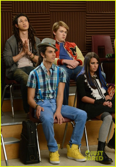 lindsay lohan on glee first look 08
