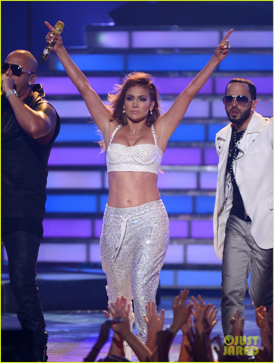 jennifer lopez american idol finale performance 06