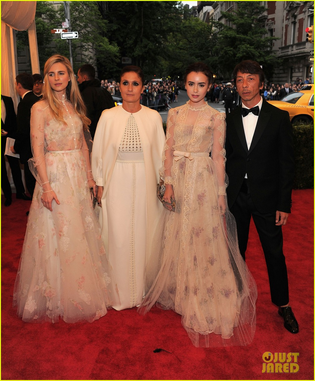 brit marling jessica pare met ball 2012 022658930