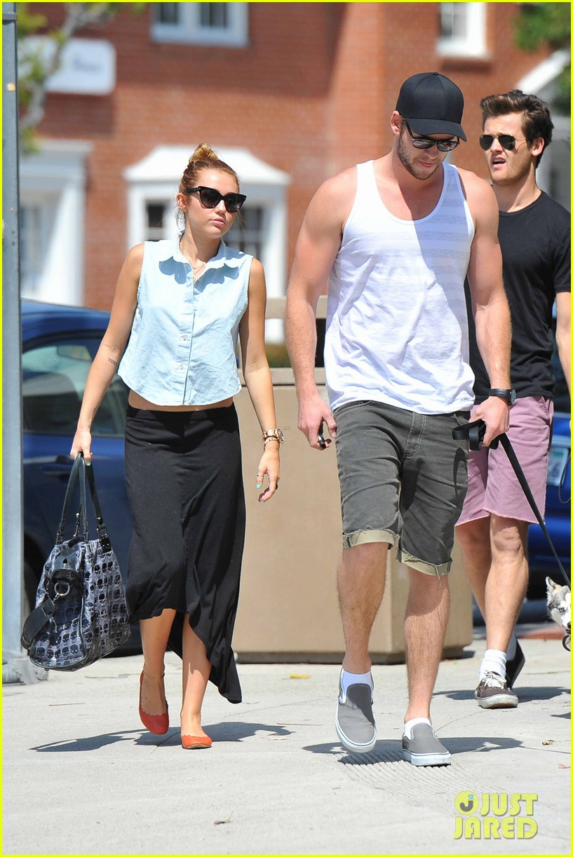 miley cyrus dream life liam hemsworth 062660938