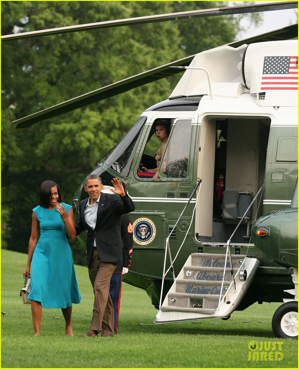barack michelle obama white house arrival 042658180