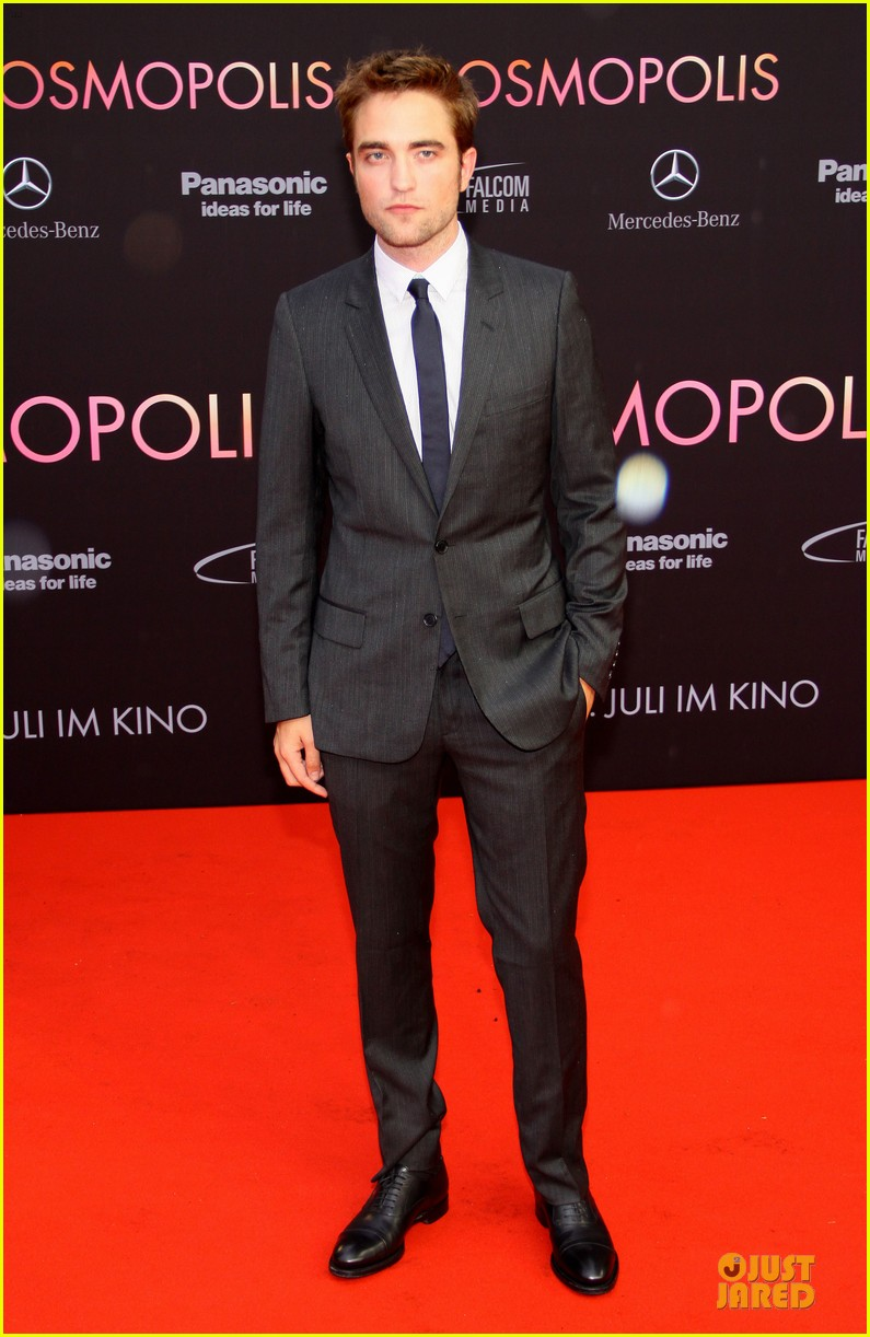 robert pattinson cosmopolis german premiere 022668896