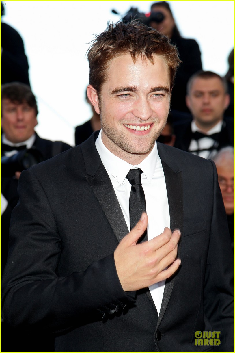 robert pattinson on road cannes premiere 012665735