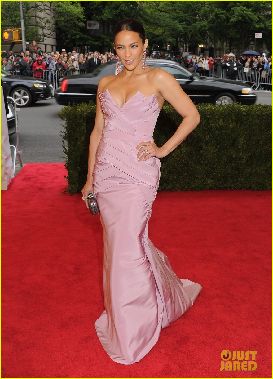 paula patton met ball 2012 072658367