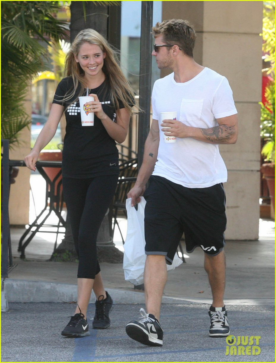 ryan phillippe paulina slagter coldplay lunch 092657959