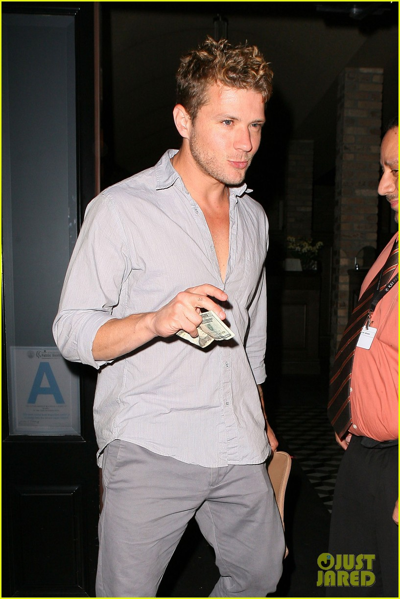 ryan phillippe craigs night out 022656996