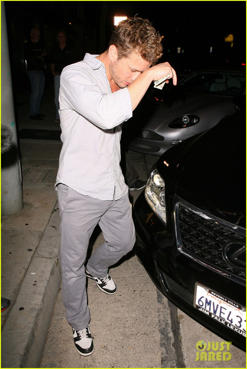 ryan phillippe craigs night out 162657010