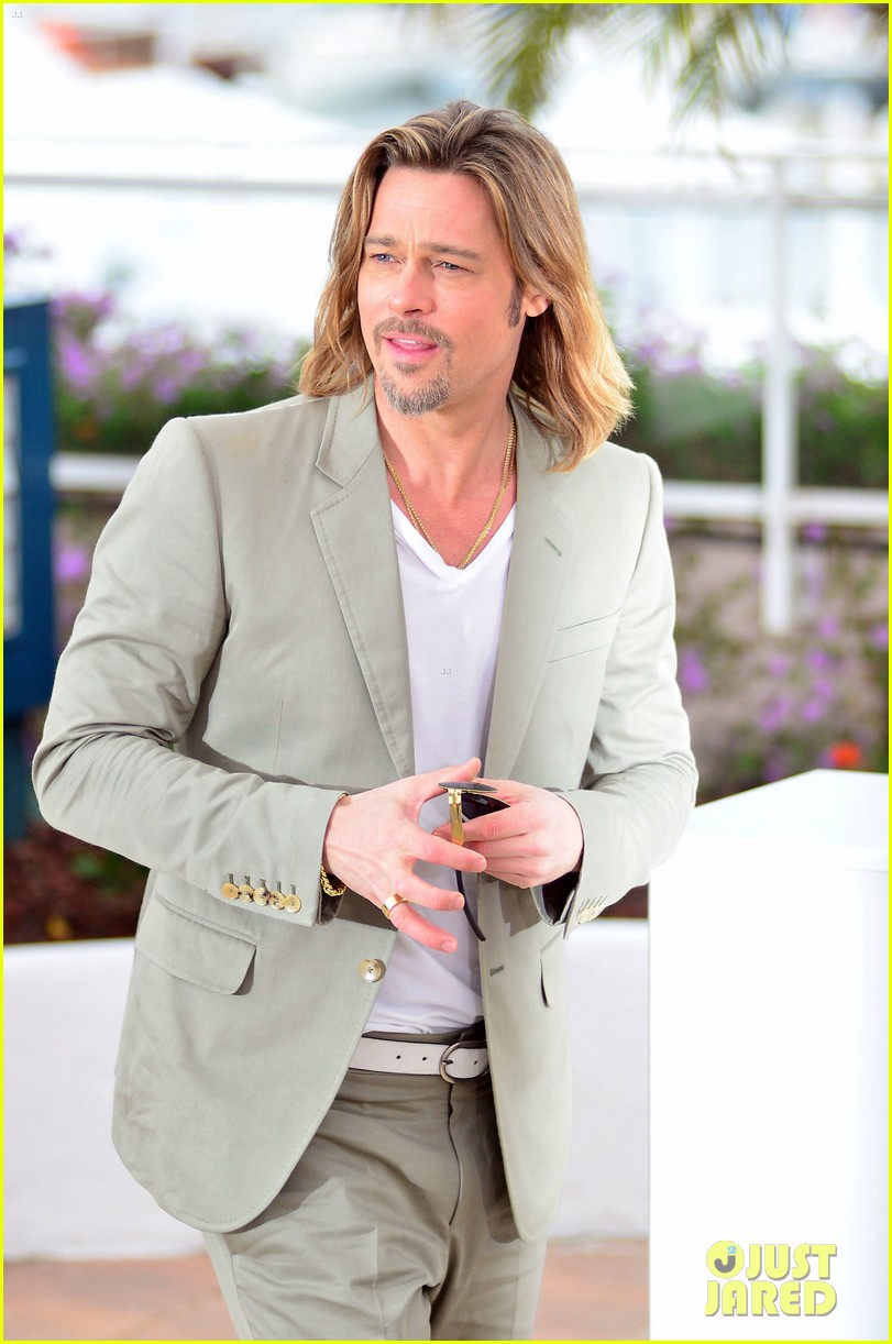 brad pitt cannes photocall 032665214