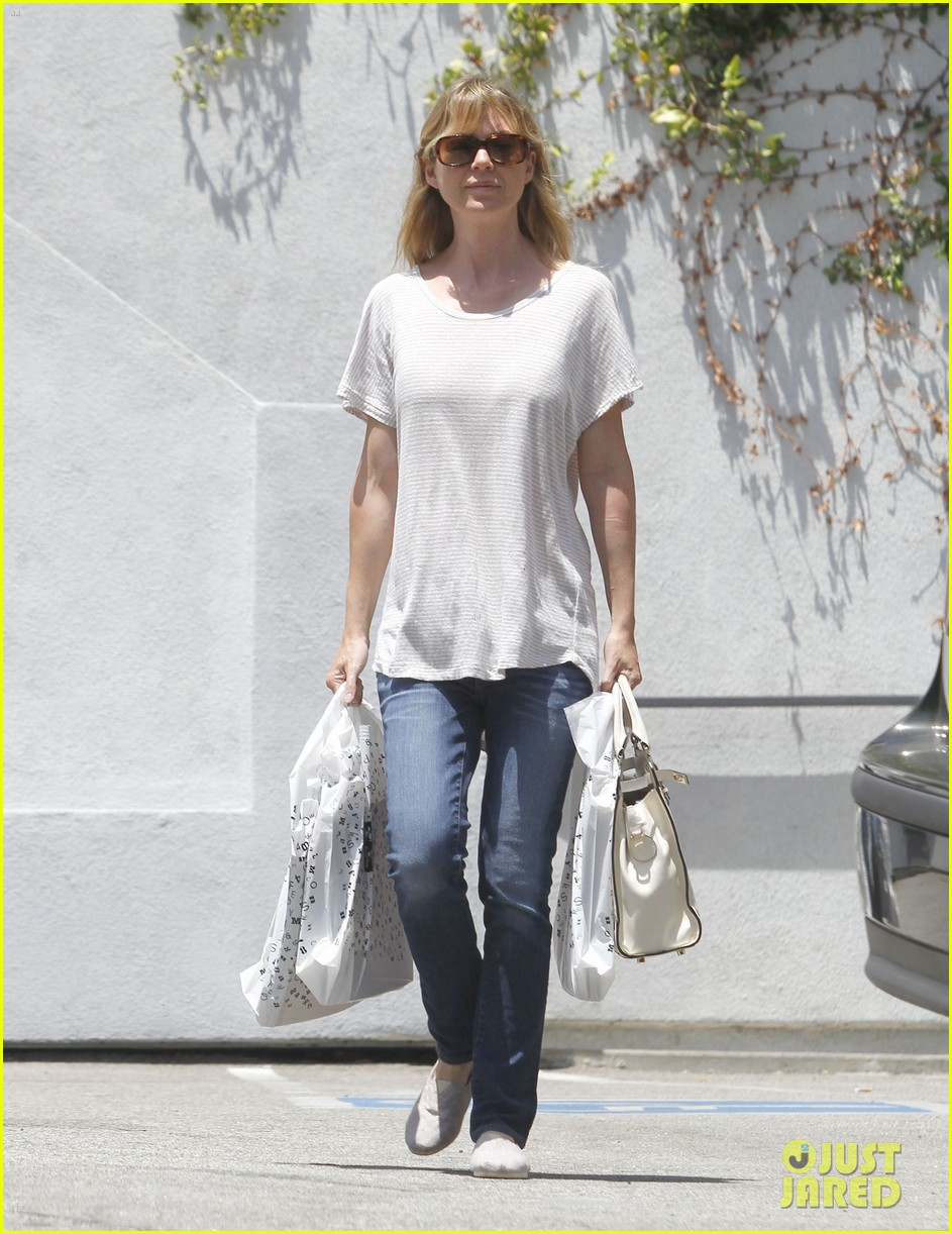 ellen pompeo books lakers 03