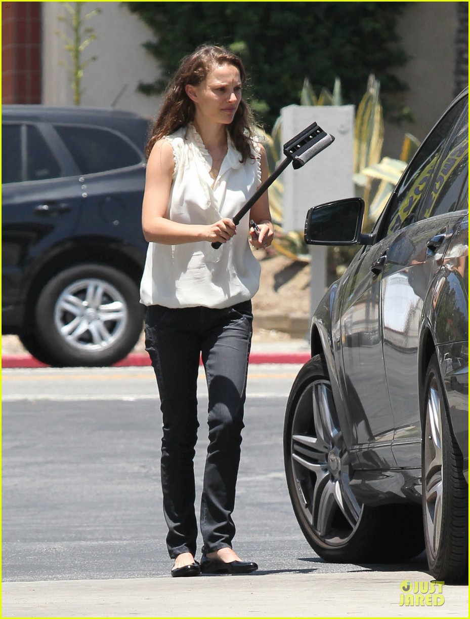natalie portman windshield wiper 032668356