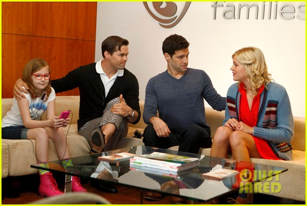 andrew rannells justin bartha baby bumps for new normal 012661210