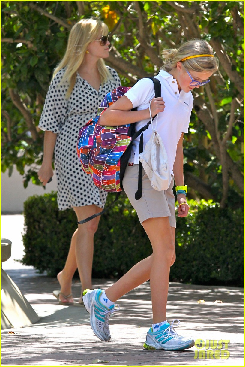 reese witherspoon brentwood school 032662480