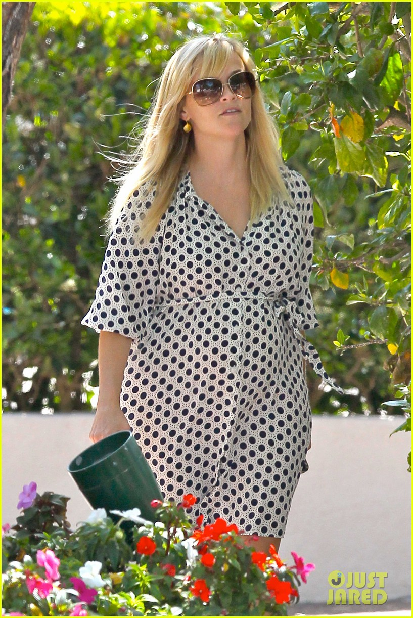 reese witherspoon brentwood school 132662490