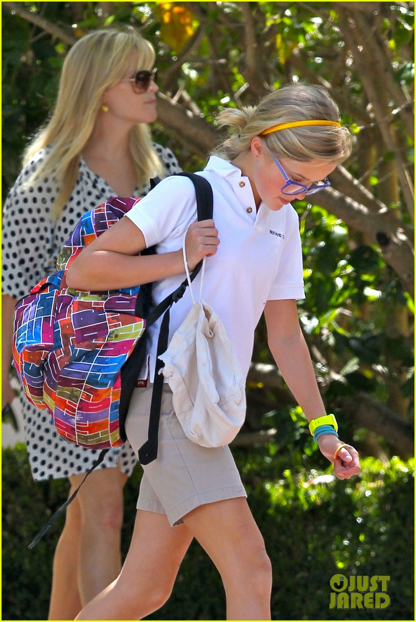 reese witherspoon brentwood school 152662492