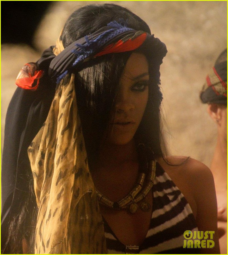 rihanna where have you been behind the scenes 0922661038