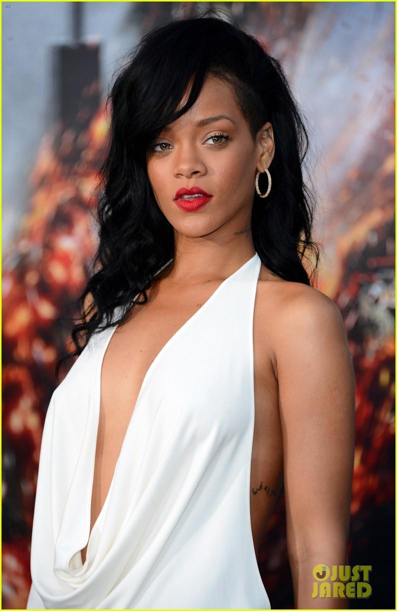 Rihanna Rimes Nude Photos 30