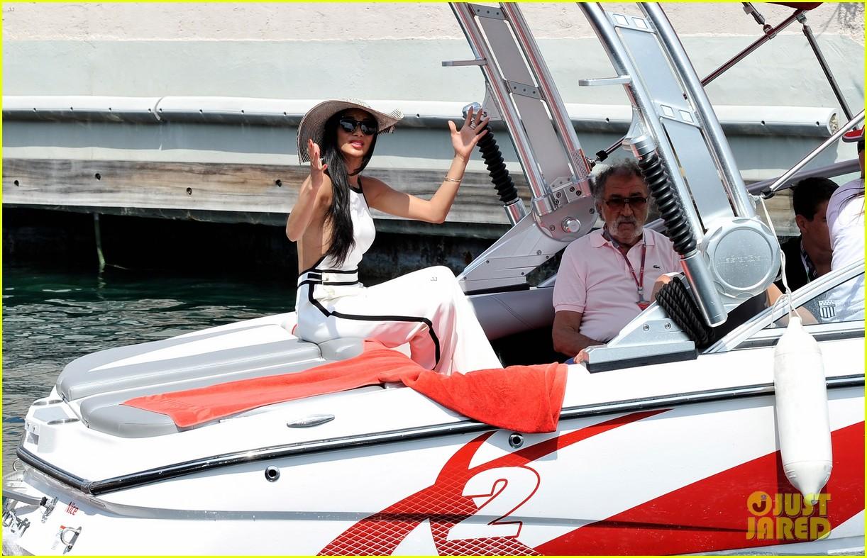 scherzinger boat ride 052667439