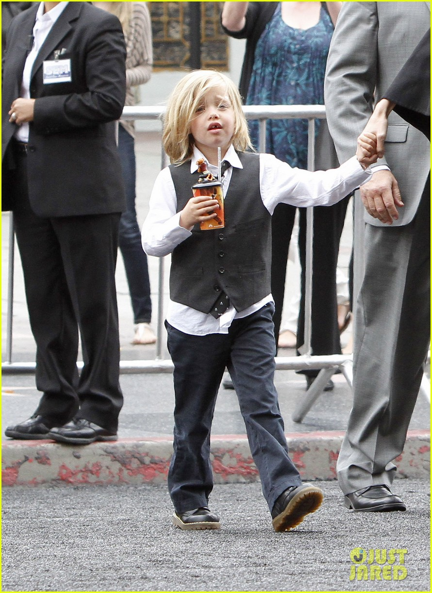happy sixth birthday shiloh jolie pitt pictures through the years 10