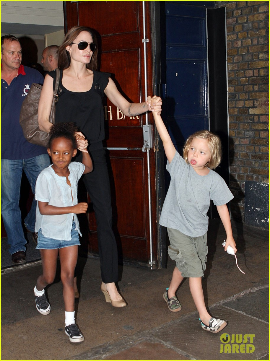 happy sixth birthday shiloh jolie pitt pictures through the years 12
